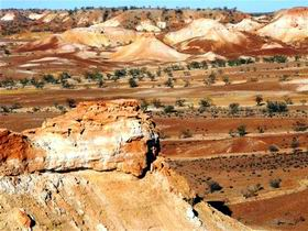 Anna Creek Painted Hills
