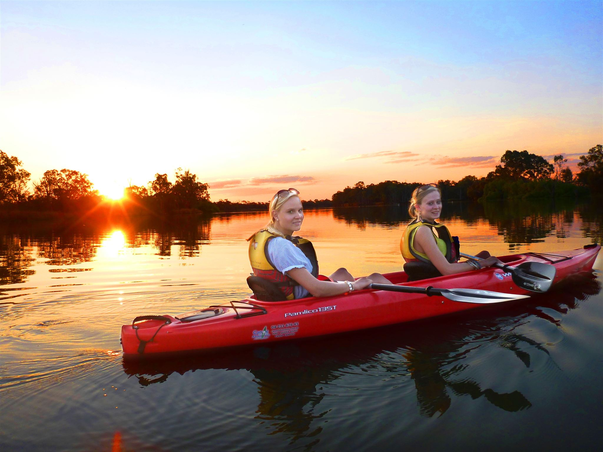 Canoe Adventures - Tours  - Riverland