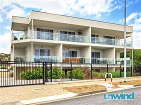 Unwind at 5 at 141 Apartments Victor Harbor