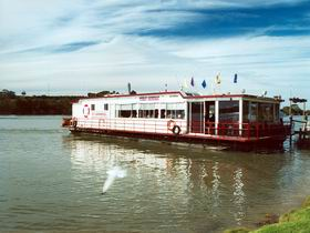 Barrangul Showboat