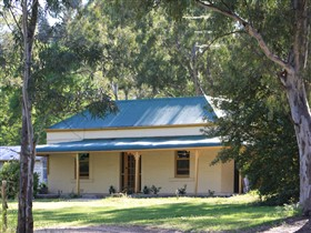 Clare Cottage on Wendouree